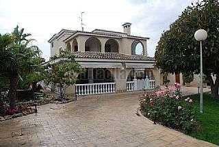 Casa en Elche / Elx. Estupendo chalet Ctra. elche - santa pola, 1