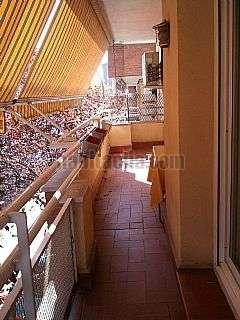 Alquiler Piso en Terrassa, Vallparad�s. Al lado del parque vallparad�s Carrer prat de la riba,109