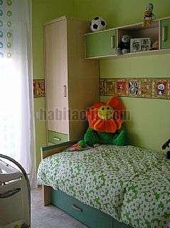 Alquiler Casa en Santa Coloma de Gramenet, Xafareixos. Casa de tres plantas con garage San antonio,24