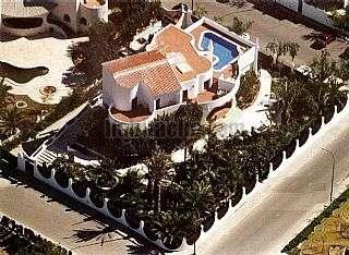 Alquiler Casa en Campello (el). Casa/mansion 650mts + 1500mts jardin Calle barranc de guaritons,1