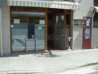 Alquiler Bar en Olesa de Montserrat. Granja-cafeteria en alquiler funcionando Carrer colon,142