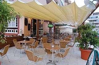 Local Comercial en Roses. Bar,bistro restaurante,terraza totalmente equipado Carrer roca blanca (de la),6