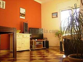 Alquiler Piso  con terraza en Girona, Vista Alegre. Quatro habitaciones dobles, ideal estudiantes Carrer carme,38