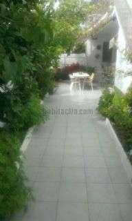 Planta baja en Santa Oliva, Les pedreres. Todo exterior. terraza de 40m2 Carrer santa eulalia (de),2
