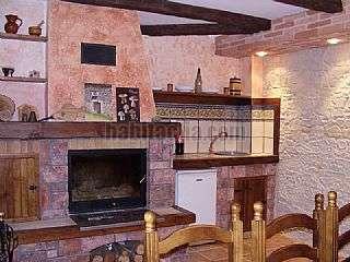 Alquiler Casa adosada en Pastriz. Alegre y luminoso adosado Calle don juan de lanuza,42