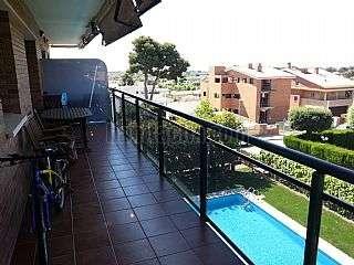 Alquiler Piso en Castelldefels, Montemar. Pis gran a zona tranquila ben comunicada Avinguda tres-cents dotze, 4