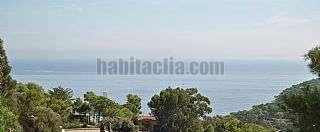 Lloguer Casa a Begur. Sa riera. vistas al mar. casa de dise�o de 2007. Carretera platja del raco, 52