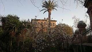 Torre en Reus. Terreno con casa modernista Carretera castellvell (de)
